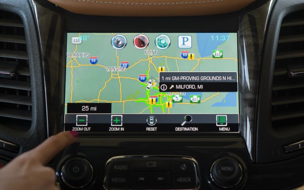 Chevy Mylink Software Update >> Chevrolet shows-off smartphone-inspired MyLink ...