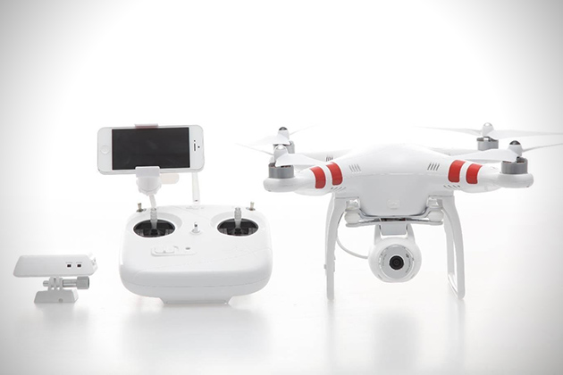 Easy Flight Control A Built In 14 MP Camera 1080p Video Recording And Hefty Price Tag 1000 The Phantom 2 Vision Has It All